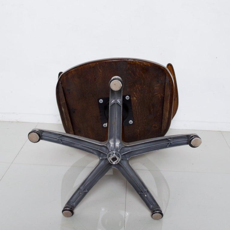 Handsome RH Vintage Solid Oak Captain's Swivel Desk Chair Task Office Use For Sale 5