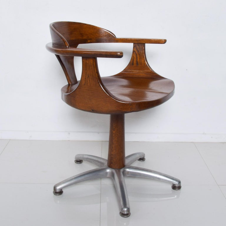 Chinese Handsome RH Vintage Solid Oak Captain's Swivel Desk Chair Task Office Use For Sale