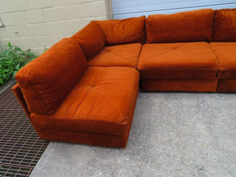 Handsome Six-Piece Milo Baughman Style Cube Sectional Sofa Mid-Century Modern In Good Condition For Sale In Medford, NJ