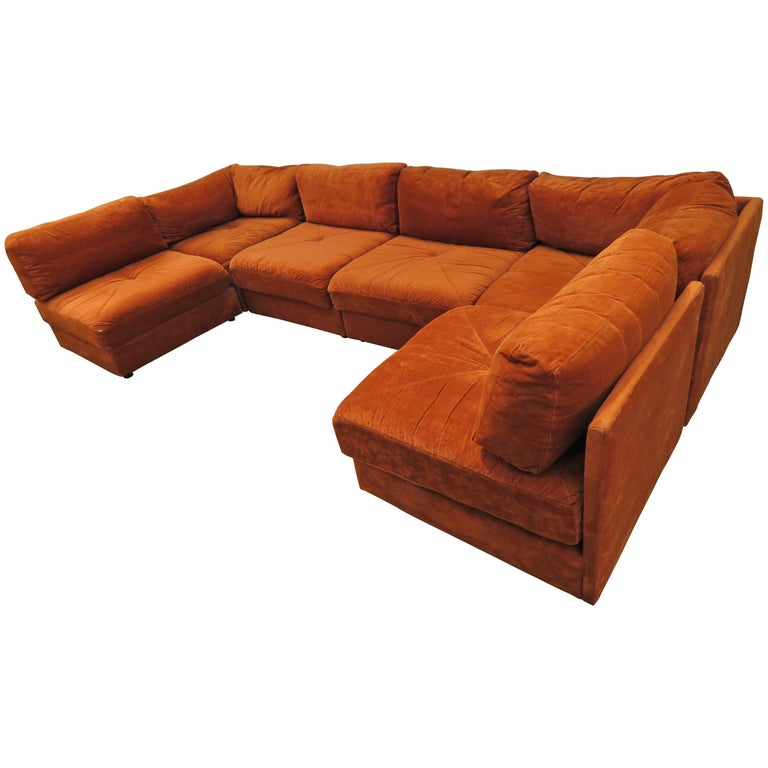 Handsome Six-Piece Milo Baughman Style Cube Sectional Sofa Mid-Century Modern For Sale
