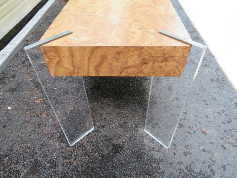 Handsome Burl Laminate Game Table Desk with Lucite Chair In Good Condition For Sale In Pemberton, NJ