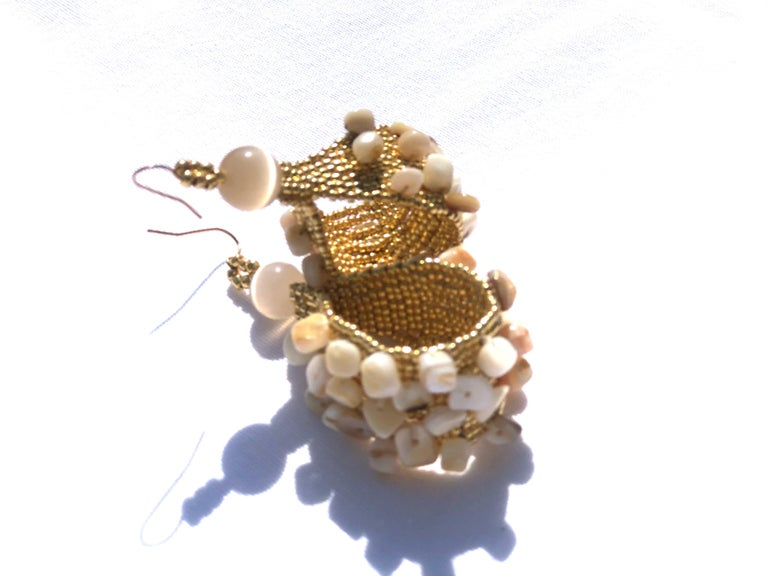 Contemporary Madre Hija Handwoven and Gold Plated Conchita Hoops with Conch Shell Chip Beads For Sale