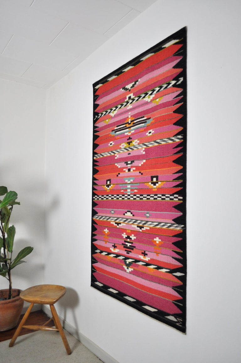 Handwoven Contemporary Scandinavian Wool Tapestry In Excellent Condition For Sale In Vordingborg, DK