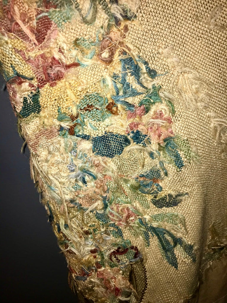 Handwoven Louis XVI Style Floral Tapestry For Sale 4