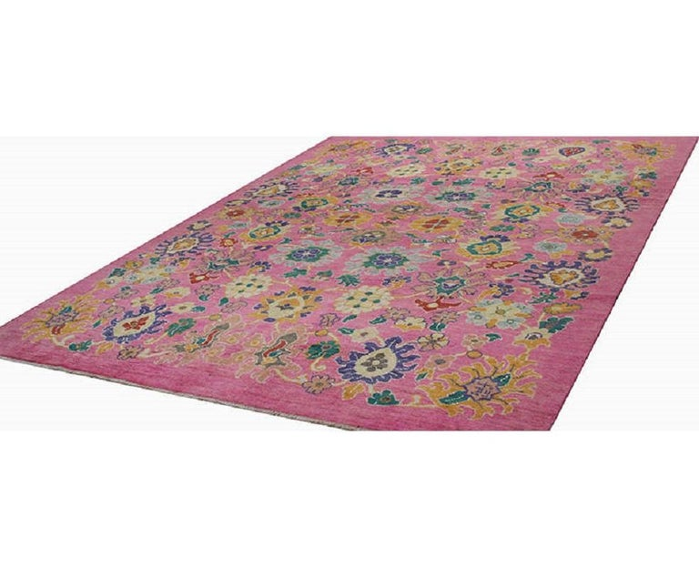 Handwoven Persian Sultanabad Recreation Rug For Sale 5