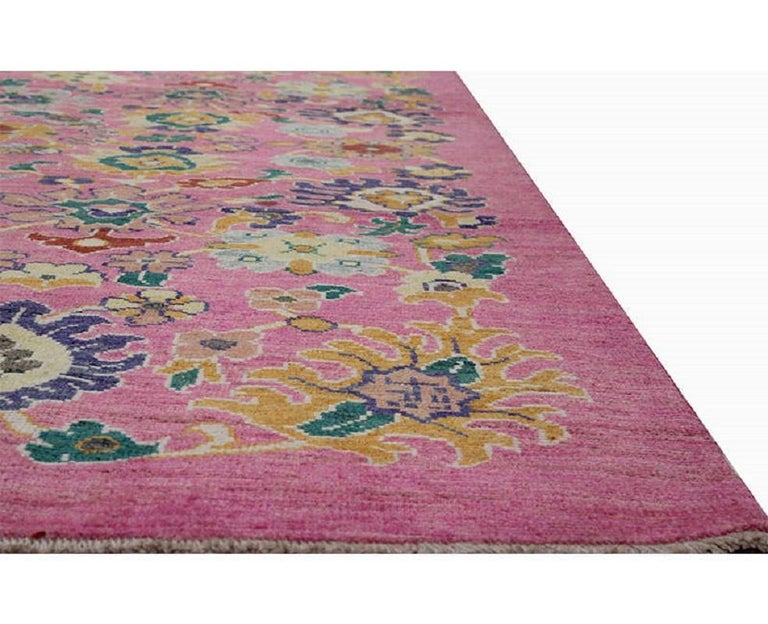 Handwoven Persian Sultanabad Recreation Rug In Excellent Condition For Sale In Dallas, TX