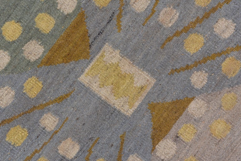 Handwoven Scandinavian Design Kilim Large Rug, Gray Field, Blue & Green Accents In Excellent Condition For Sale In New York, NY