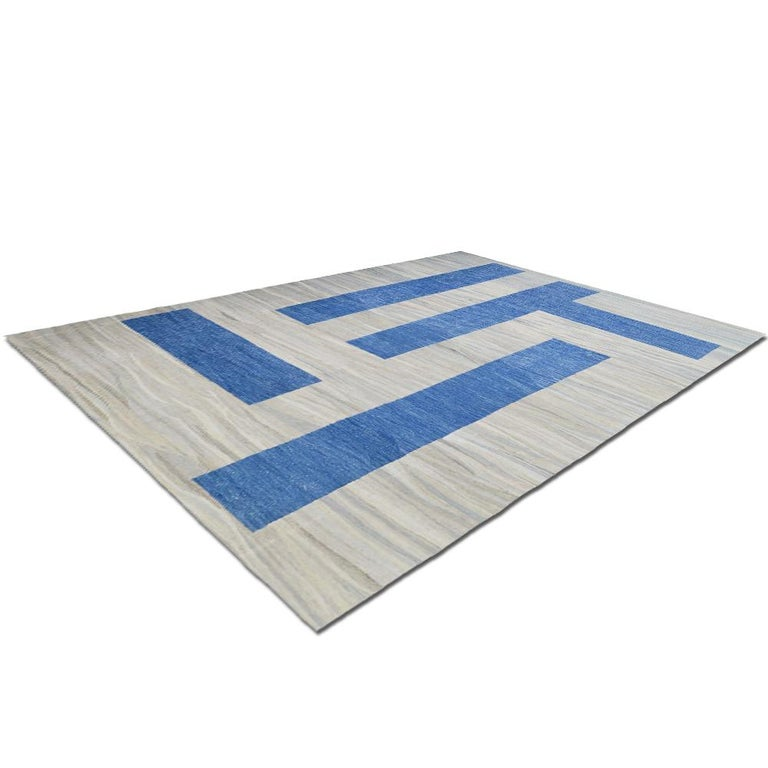 Woven 21th Century Modern Abstract Handwoven Two-Tone Kilim Carpet For Sale