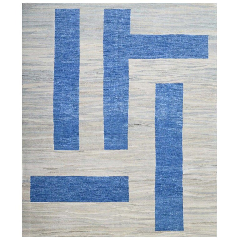 21th Century Modern Abstract Handwoven Two-Tone Kilim Carpet For Sale