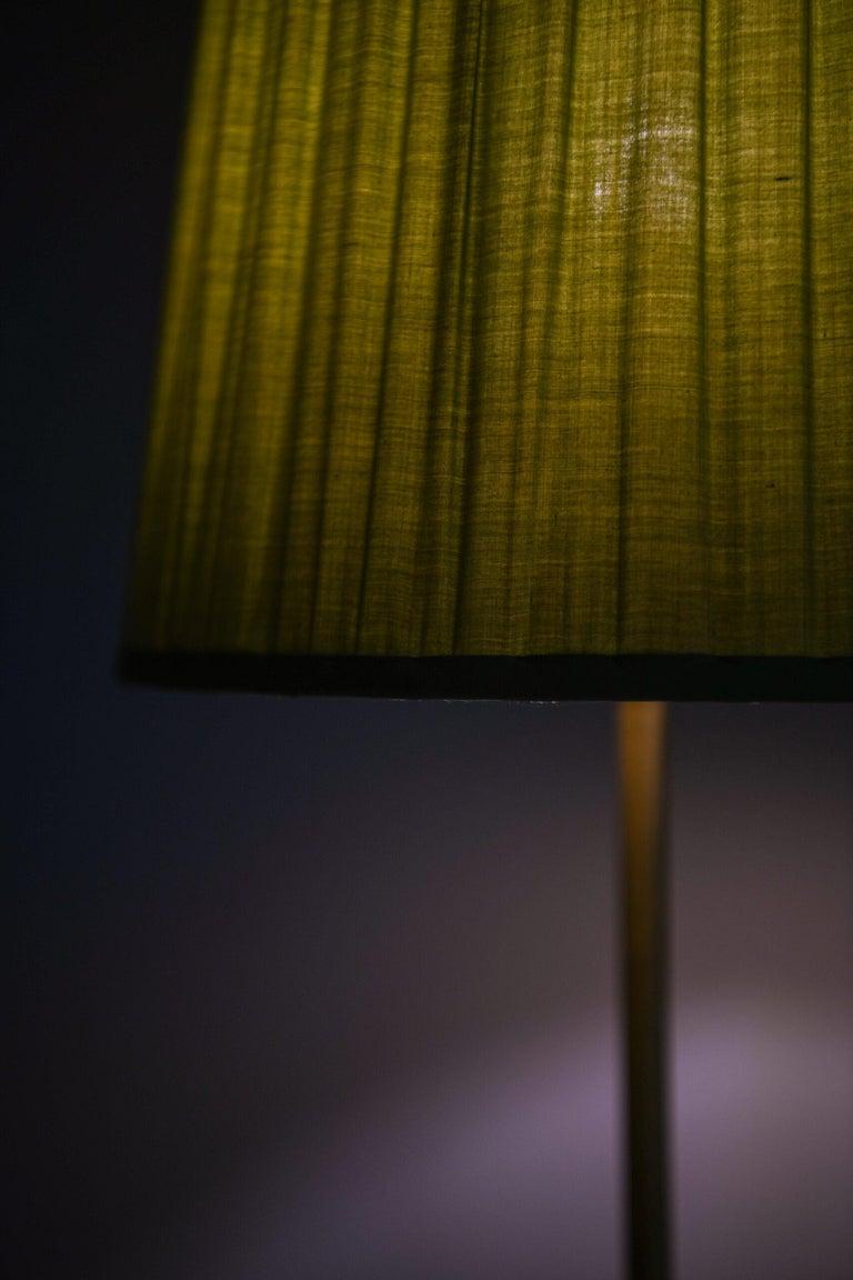 Hans Bergström Floor Lamp Model 544 Produced by Ateljé Lyktan in Åhus, Sweden For Sale 4