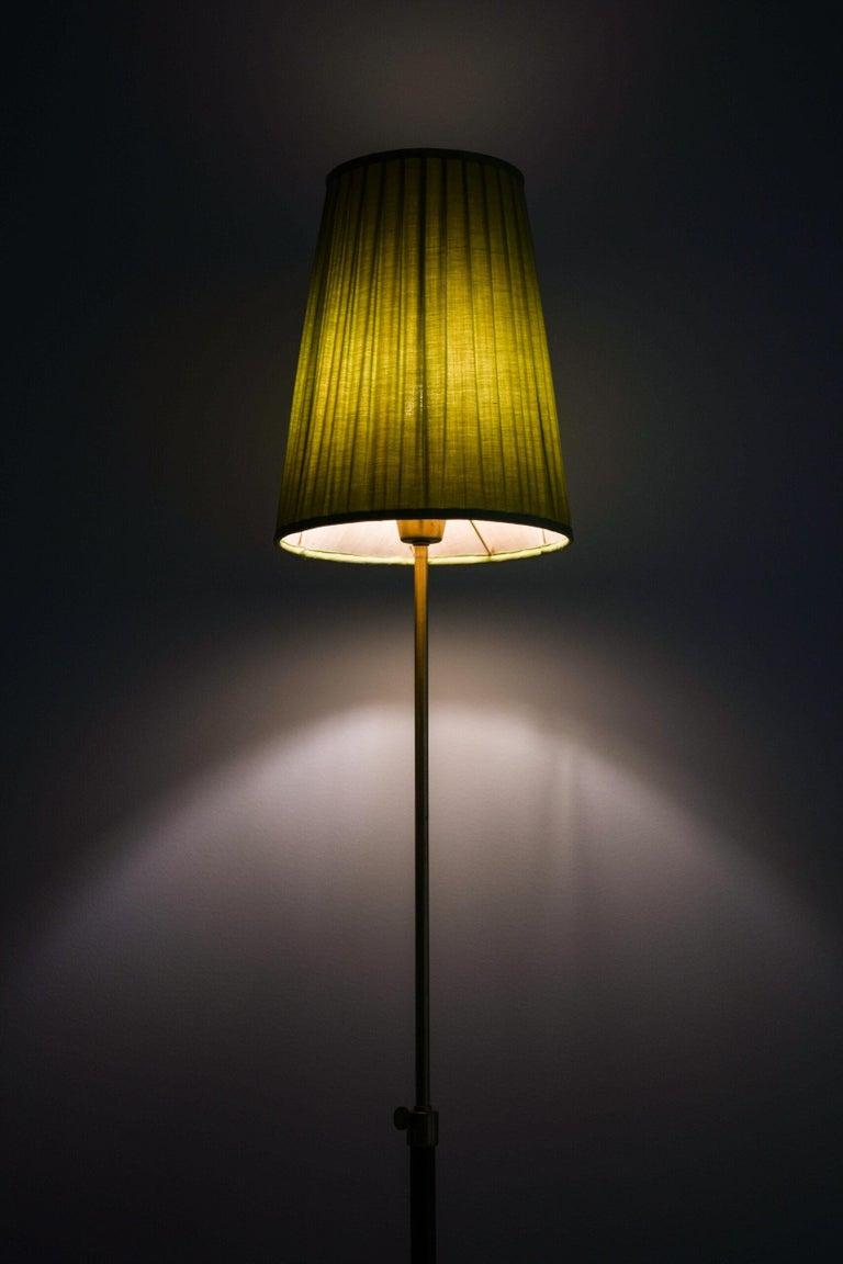 Hans Bergström Floor Lamp Model 544 Produced by Ateljé Lyktan in Åhus, Sweden For Sale 5