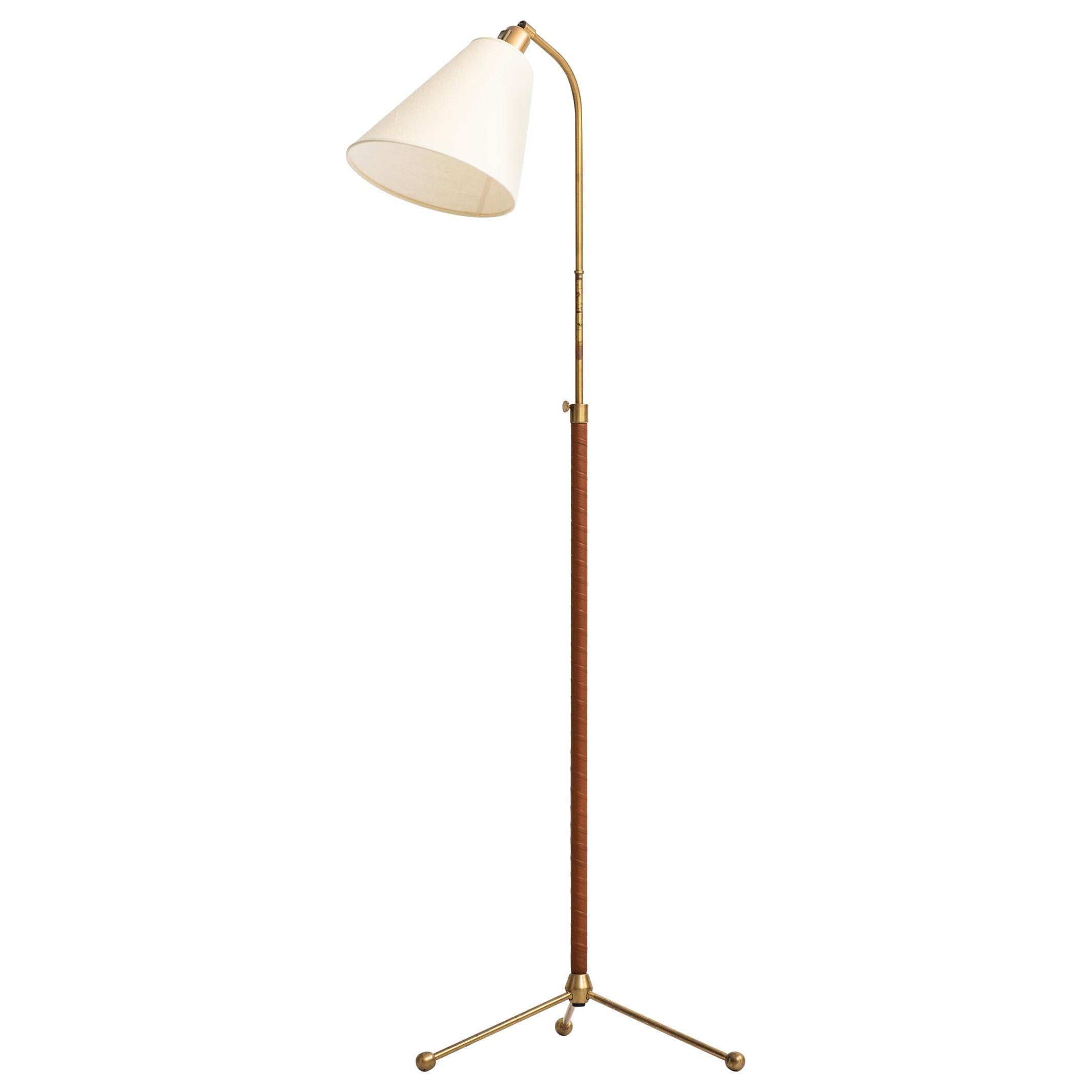 Hans Bergström Floor Lamp Model 545 by Ateljé Lyktan in Åhus, Sweden