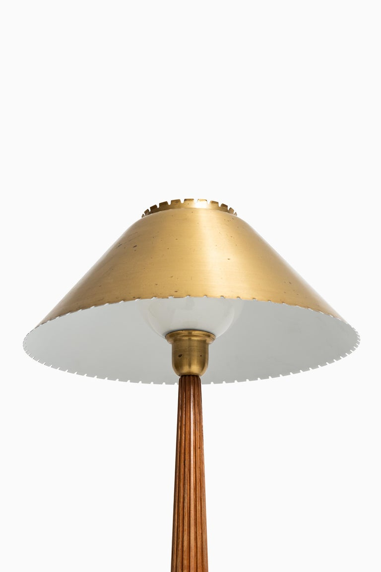 Hans Bergström table lamp produced by ASEA in Sweden In Good Condition For Sale In Malmo, SE