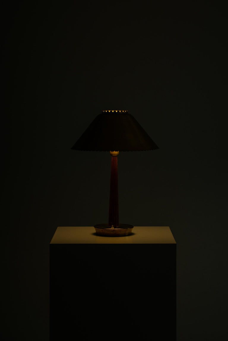 Hans Bergström table lamp produced by ASEA in Sweden For Sale 1