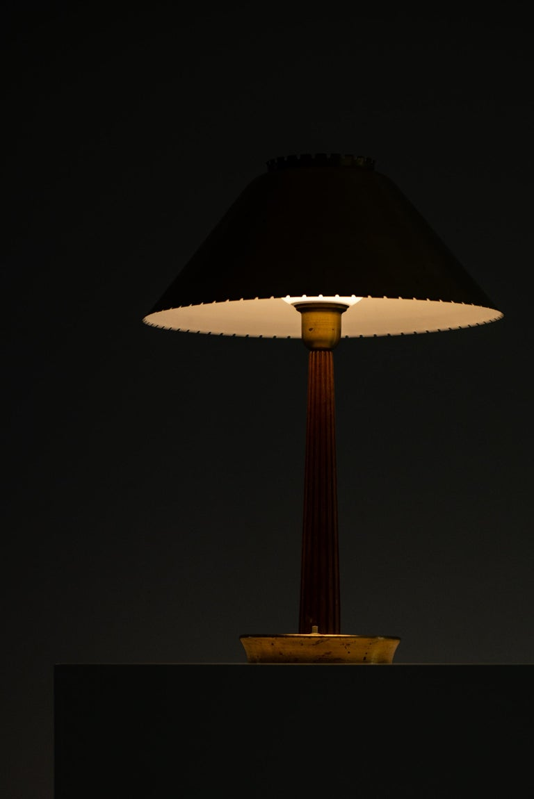 Hans Bergström table lamp produced by ASEA in Sweden For Sale 2