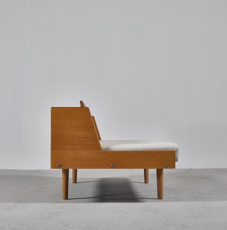 Hans J. Wegner 1950s Danish Modern Daybed in Oak and Rattan