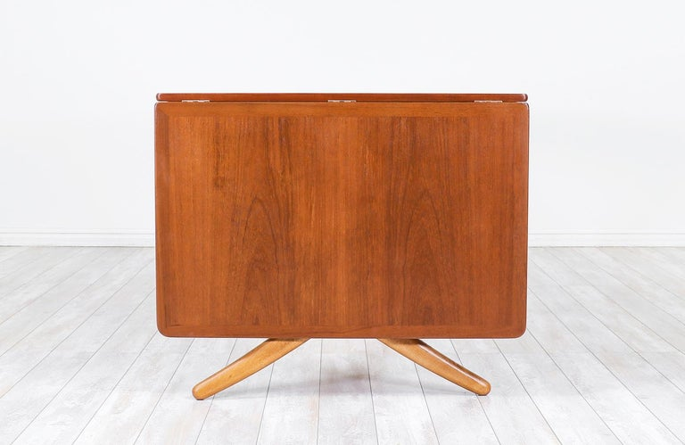 "Hans J. Wegner AT 304 ""Sabre"" Dining Table for Andreas Tuck For Sale 1"