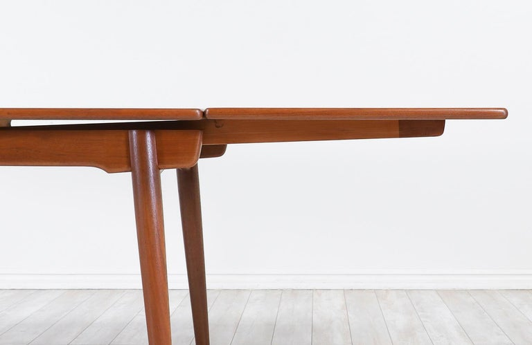 Hans J. Wegner AT 312 Draw-Leaf Dining Table for Andreas 1