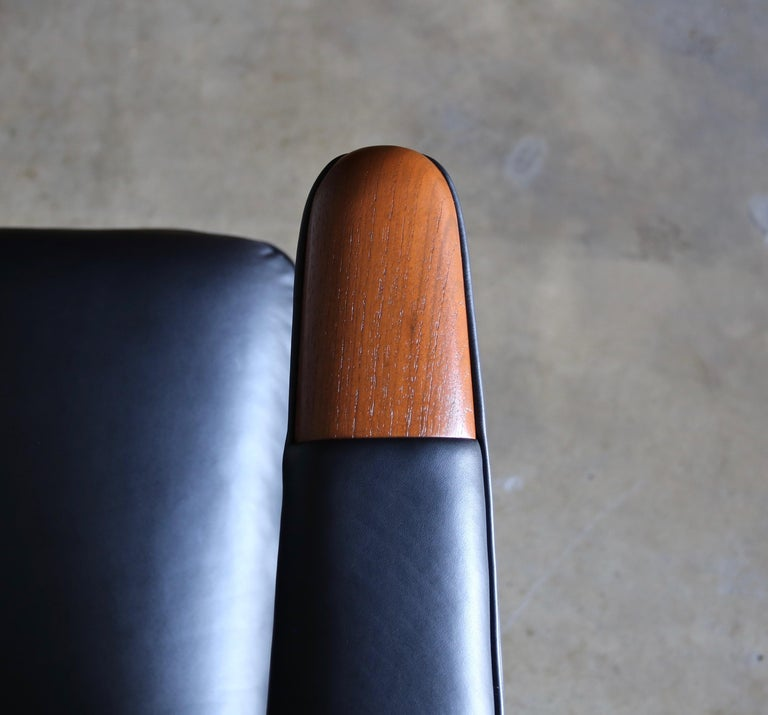 Hans J. Wegner Black Leather Papa Bear Chair and Ottoman for A.P. Stolen For Sale 3