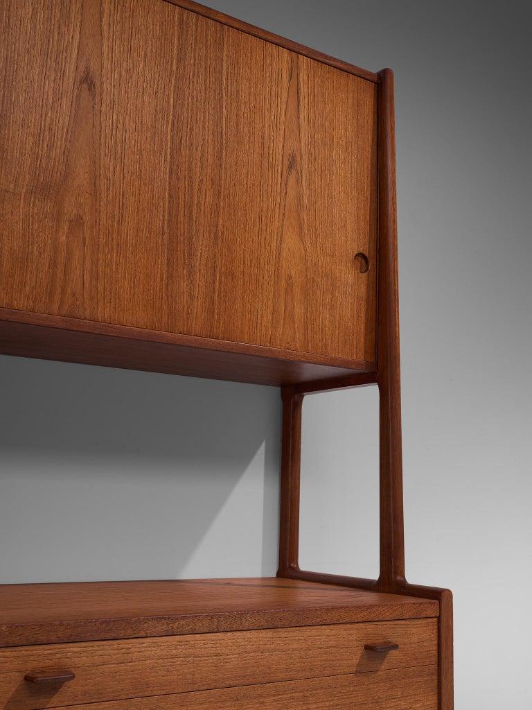 Hans J. Wegner Cabinet in Teak For Sale 3