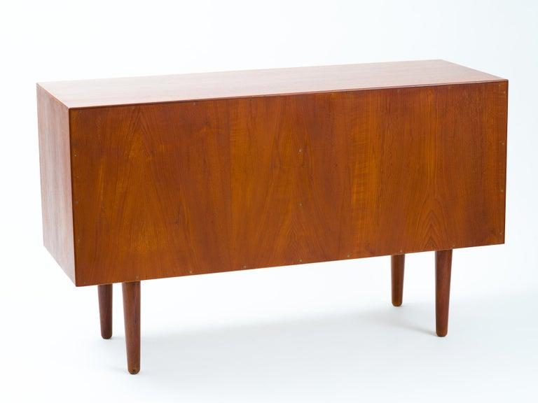 Hans J Wegner Cabinet in Teak, Johannes Hansen Cabinetmaker, circa 1960 For Sale 7