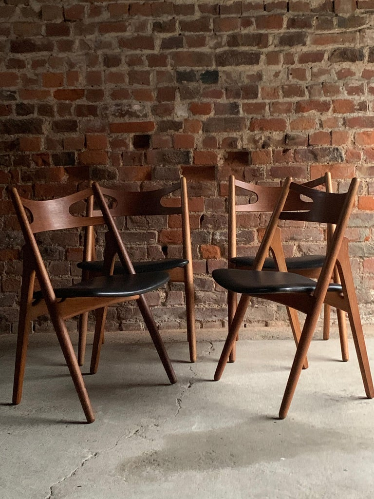 Mid-Century Modern Hans J Wegner CH29 Sawbuck Four Teak Dining Chairs by Carl Hansen, Denmark 1950s For Sale