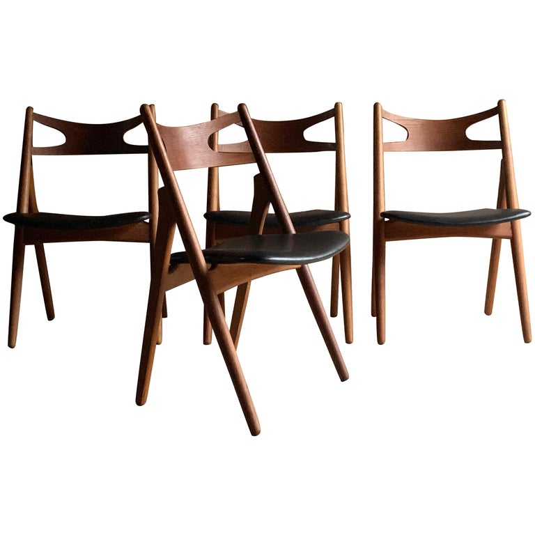Hans J Wegner CH29 Sawbuck Four Teak Dining Chairs by Carl Hansen, Denmark 1950s For Sale