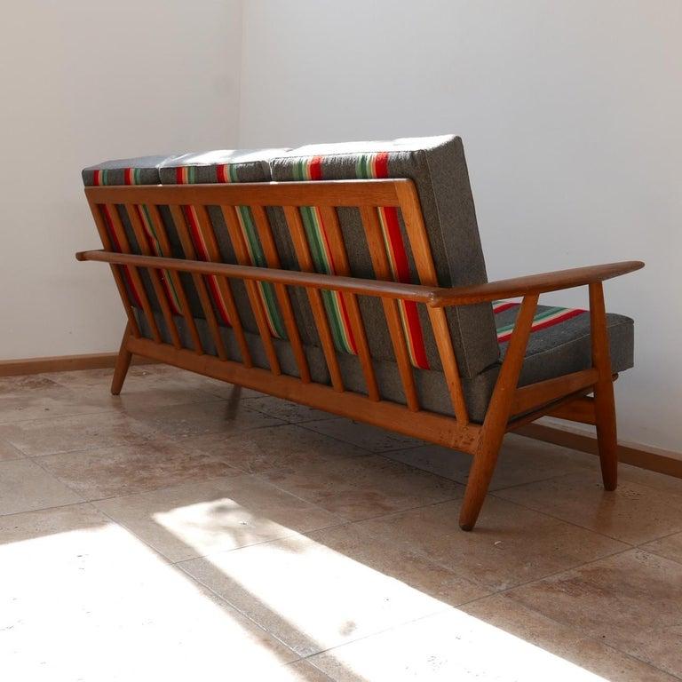 Mid-Century Modern Hans J Wegner 'Cigar' GE-240 Sofa for GETAMA For Sale