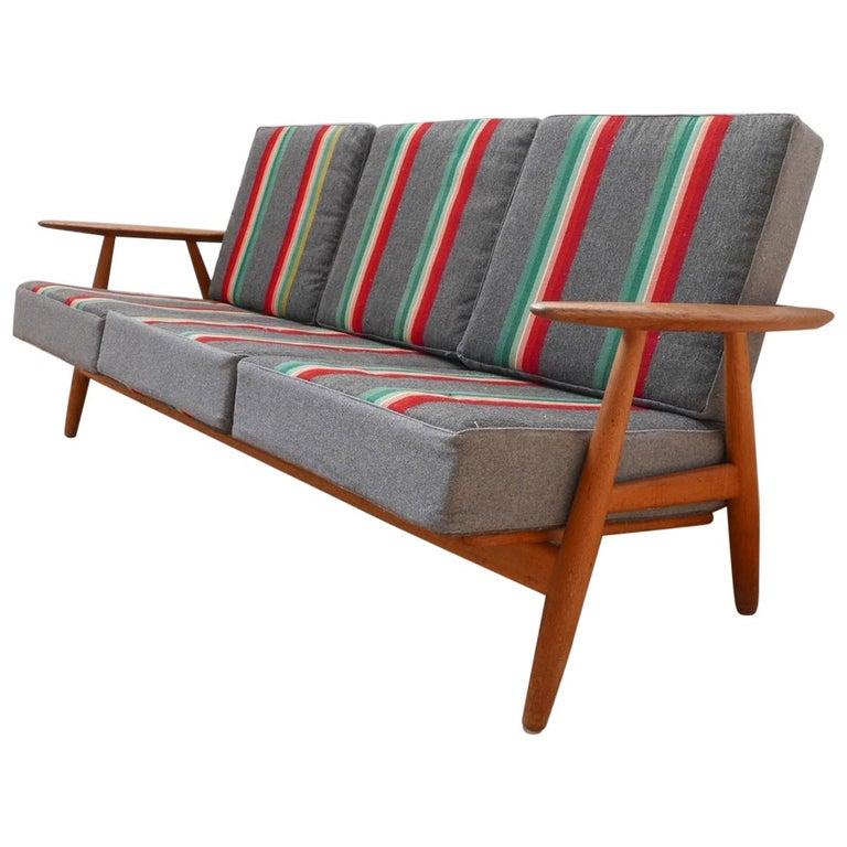 Hans J Wegner 'Cigar' GE-240 Sofa for GETAMA For Sale