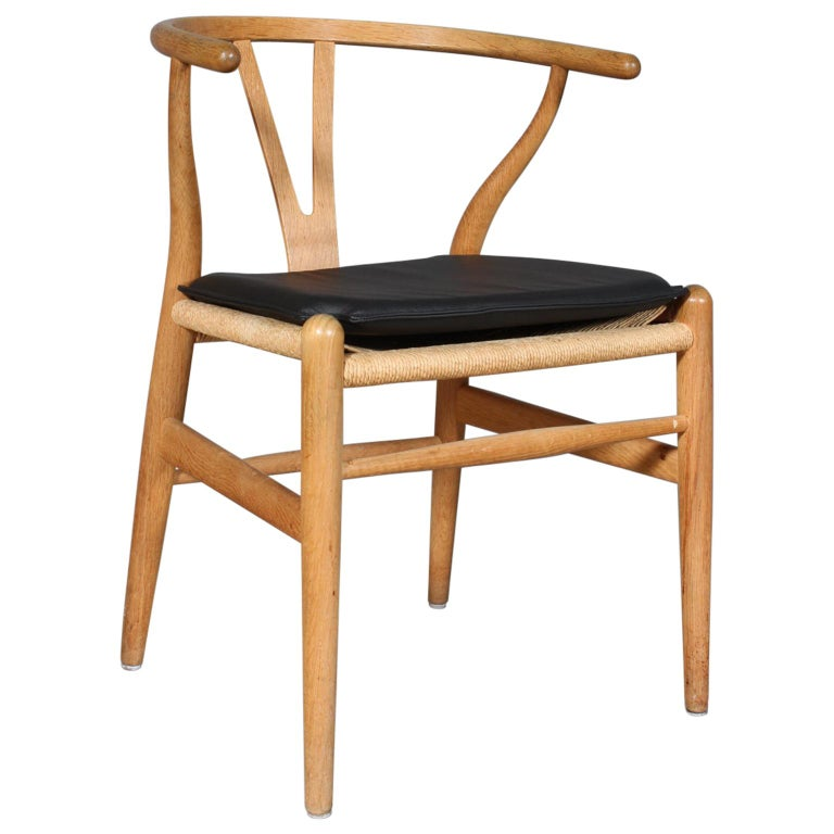Hans J. Wegner Cushion for Wishbone Chair CH24 For Sale
