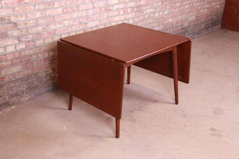 Hans J. Wegner Danish Modern Teak Drop-Leaf Dining Table, Newly Refinished For Sale 5