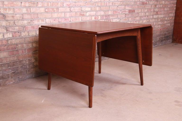 Hans J. Wegner Danish Modern Teak Drop-Leaf Dining Table, Newly Refinished For Sale 6