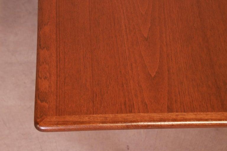 Hans J. Wegner Danish Modern Teak Drop-Leaf Dining Table, Newly Refinished For Sale 8