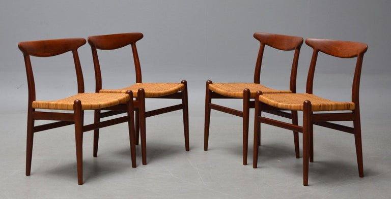1960s Hans J. Wegner, Dining Chairs Model W2 'Set of 4', Teak and Patinated Wicker For Sale