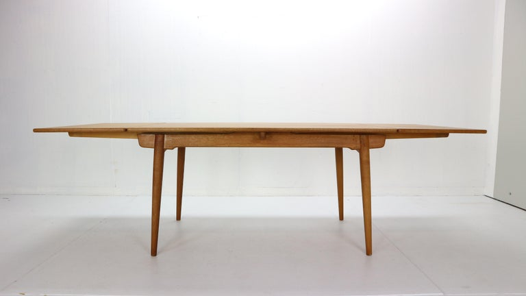 Danish Hans J. Wegner Dinning Room Set- 8 Of Wishbone CH24 Chairs & Dining Table AT-312 For Sale