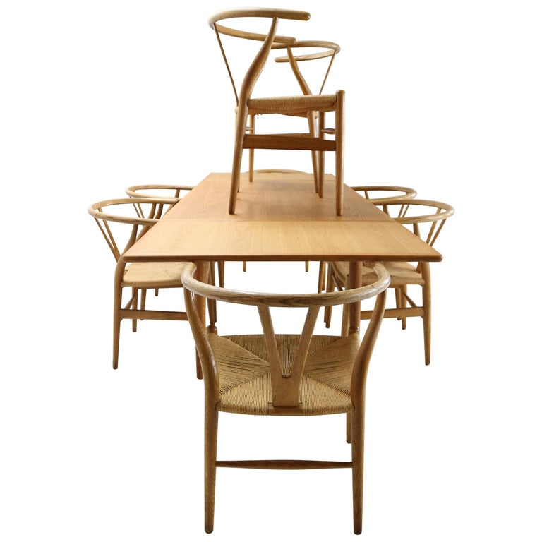 Hans J. Wegner Dinning Room Set- 8 Of Wishbone CH24 Chairs & Dining Table AT-312 For Sale