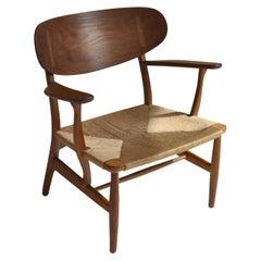 "Hans J. Wegner Early Production Danish Modern Chair Model CH22"" Carl Hansen"