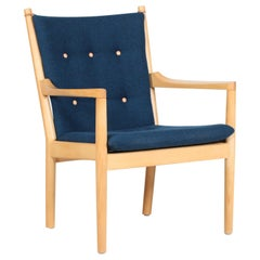 Hans J. Wegner Easy Chair 1788 of Beech by Fritz Hansen with New Kvadrat Fabric