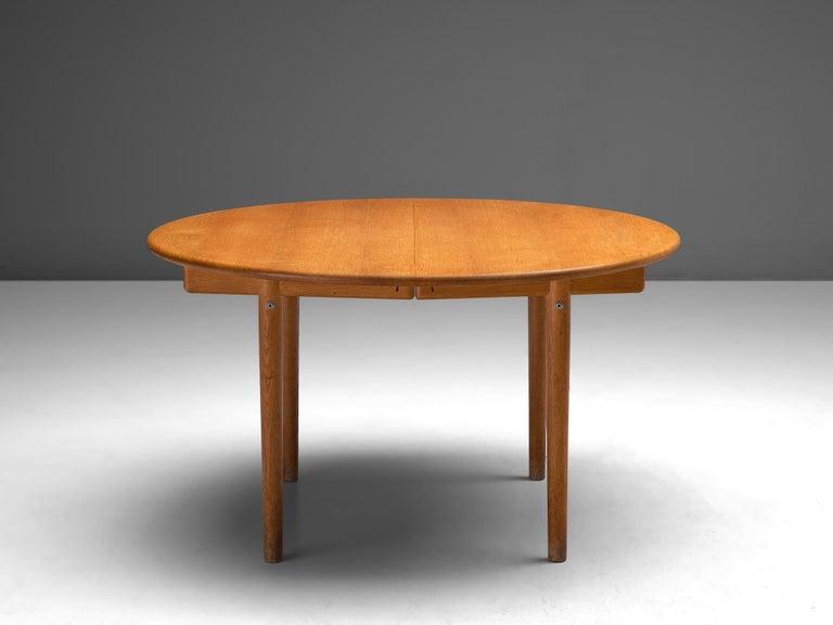 Hans J. Wegner Extendable PP70 Table in Oak In Good Condition In Waalwijk, NL