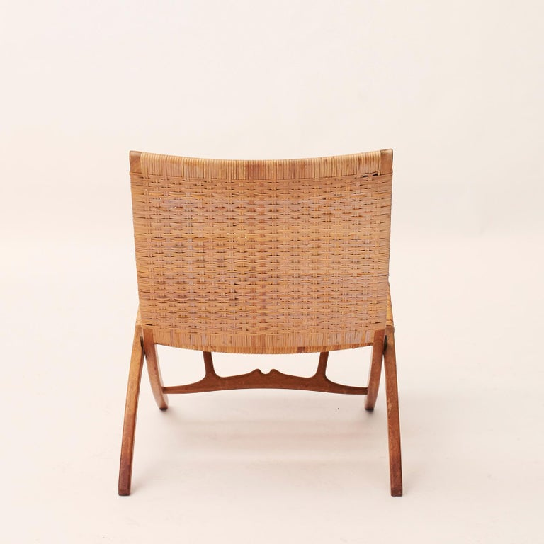 Scandinavian Modern Hans J. Wegner Folding Chair, Model HJ-512 For Sale