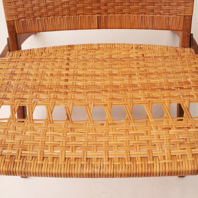 20th Century Hans J. Wegner Folding Chair, Model HJ-512 For Sale