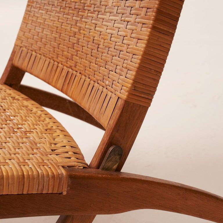 Cane Hans J. Wegner Folding Chair, Model HJ-512 For Sale