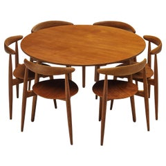 Hans J. Wegner for Fritz Hansen Set of 6 Chairs 'FH4103' with Round Dining Table
