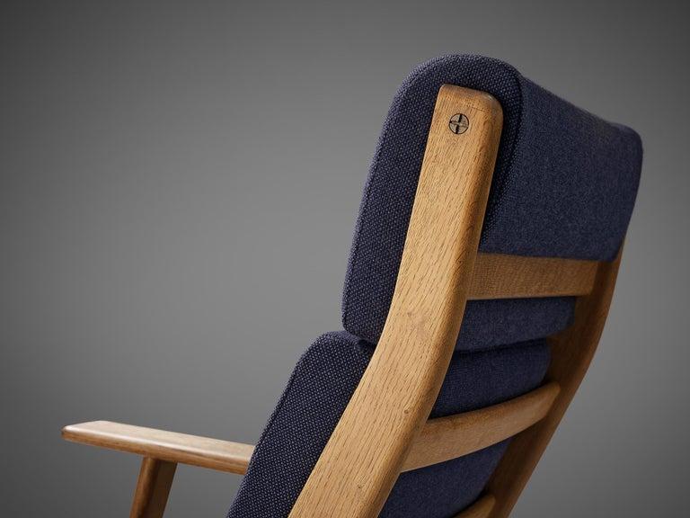Hans J. Wegner for GETAMA Lounge Chair Ge290 For Sale 1