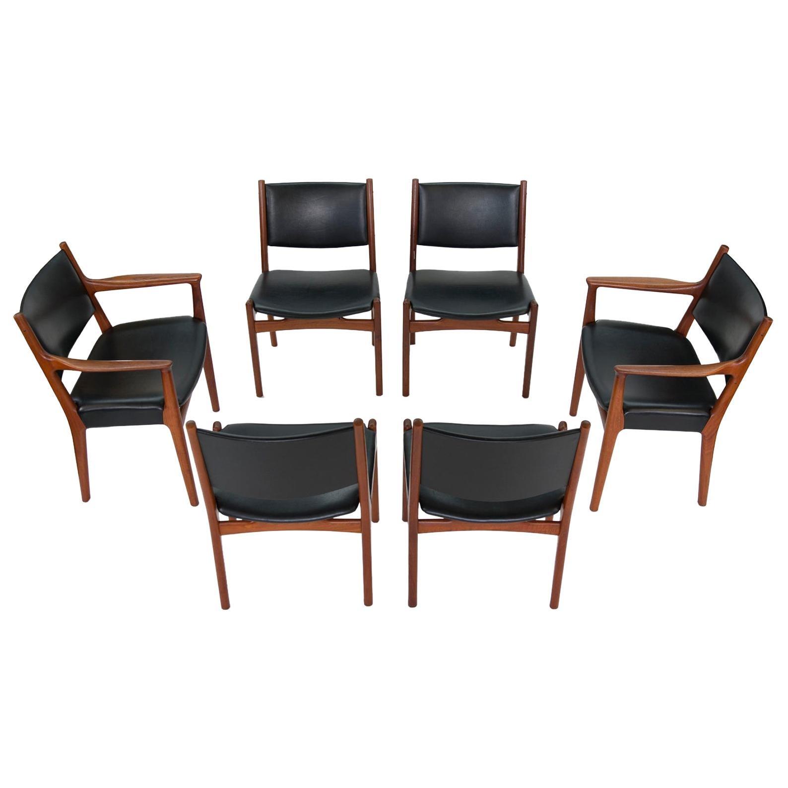 Hans J Wegner for Johannes Hansen JH-525 and JH-526 Dining Chairs in Teak