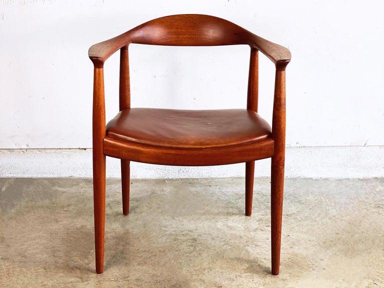 Scandinavian Modern Hans J. Wegner for Johannes Hansen Teak and Cognac Leather Round Chair For Sale
