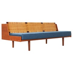 Hans J. Wegner GE-259 Adjustable Cane Daybed for GETAMA