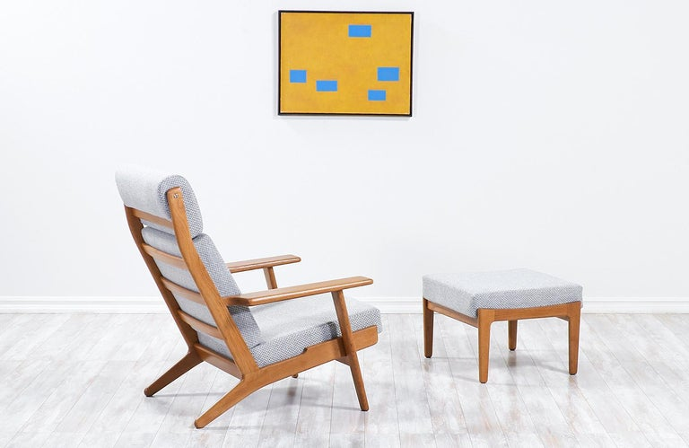 Danish Hans J. Wegner GE-290 Oak Lounge Chair with Ottoman for GETAMA For Sale