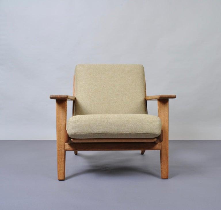 Mid-Century Modern Hans J Wegner GE290 Original For Sale