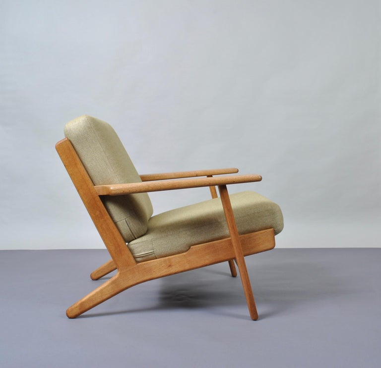 Hans J Wegner GE290 Original For Sale 1